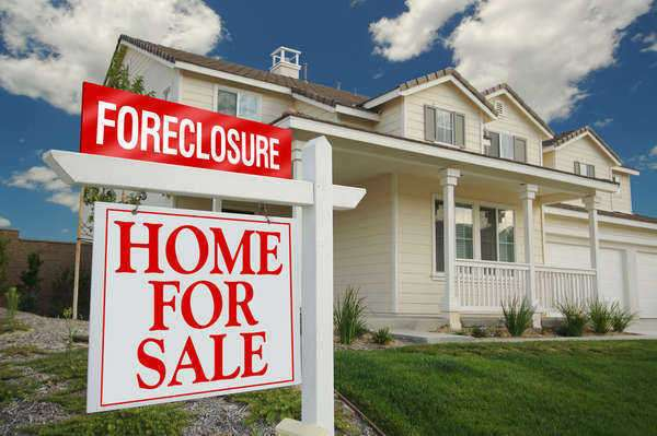 Why Look Into Foreclosed Homes for Sale